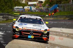 #65 Hankook-Team Heico Mercedes-Benz SLS AMG GT3: Bernd Schneider, Lance-David Arnold, Alexandros Ma