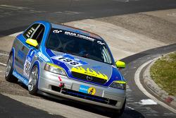 #198 SFG Schönau e. V. im ADAC Opel Astra OPC: Thomas Lennackers, Christoph Brune, Robert Dubler, Amanda Hennessy