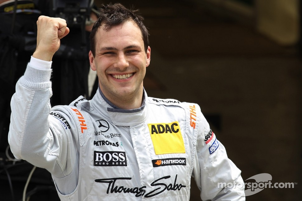 Pole position for Gary Paffett, Team HWA AMG Mercedes, AMG Mercedes C-Coupe