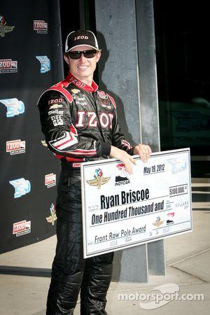 Pole winner Ryan Briscoe, Team Penske Chevrolet