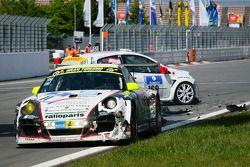 #169 Roadrunner Racing Renault Clio: Joachim Steidel, Volker Kühn, Nadir Zuhour, Mohammed Al Oawis c