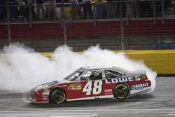 Winner Jimmie Johnson, Hendrick Motorsports Chevrolet