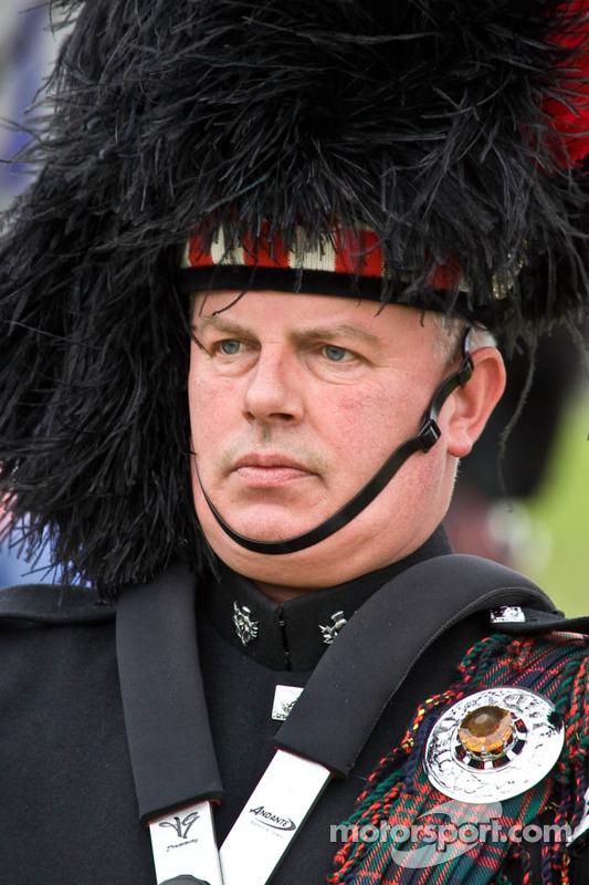 Scots piper