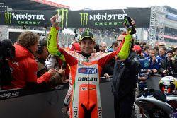 Segundo lugar Valentino Rossi, Ducati Marlboro Team