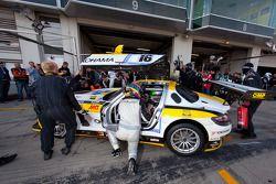 Pitstop #16 Black Falcon Mercedes-Benz SLS AMG GT3: Hannes Plesse, Andrii Lebed, Christian Bracke, R