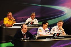 The FIA Press Conference, Renault Sport F1 Managing Director; Dr. Vijay Mallya, Sahara Force India F1 Team Owner; Frank Williams, Williams Team Owner; Monisha Kaltenborn, Sauber Managing Director; Ross Brawn, Mercedes AMG F1 Team Principal