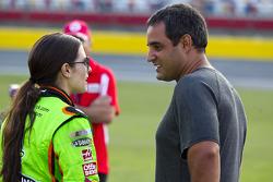 Danica Patrick, Stewart-Haas Racing Chevrolet; Juan Pablo Montoya, Earnhardt Ganassi Racing Chevrole