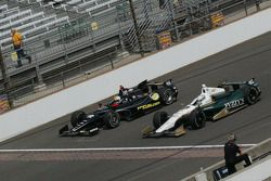Oriol Servia, Panther/Dreyer & Reinbold Racing Chevrolet and Ed Carpenter, Ed Carpenter Racing Chevr