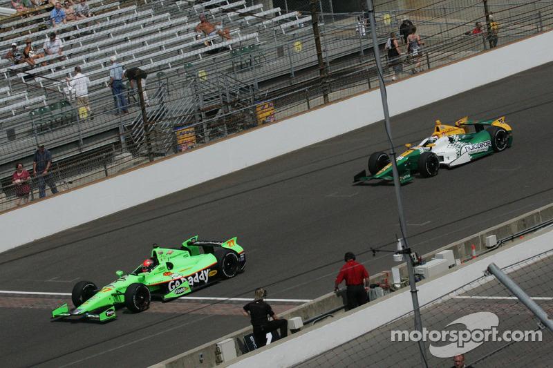 James Hinchcliffe, Andretti Autosport Chevrolet en Simona De Silvestro, Lotus-HVM Racing