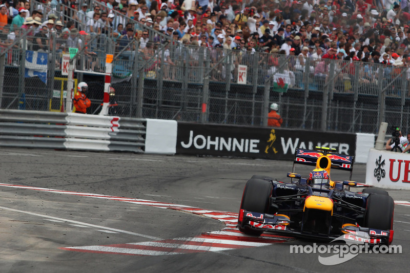 2012: Ganador de la carrera Mark Webber (Red Bull-Renault RB8)