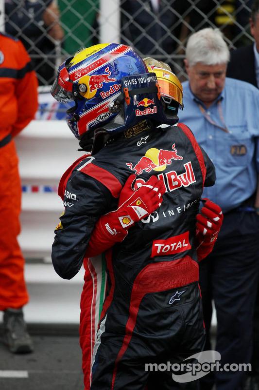 Race winner Mark Webber, Red Bull Racing celebrates with Fernando Alonso, Ferrari