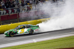 Race winnaar Kasey Kahne, Hendrick Motorsports Chevrolet