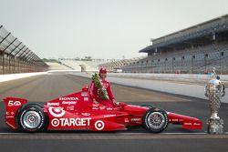 Siegerfoto: Dario Franchitti, Target Chip Ganassi Racing Honda
