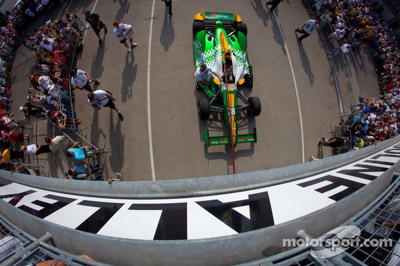Coche de Simona de Silvestro, HVM Racing Lotus