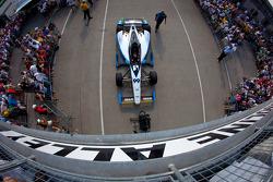 Car of Townsend Bell, Sam Schmidt Motorsports Honda