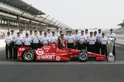 Sesión de fotos de los ganadores: Dario Franchitti, Target Chip Ganassi Racing Honda con el Honda Ra