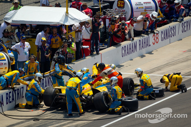 Ana Beatriz, Andretti Autosport/Conquest Racing Chevroletin the pits after her spin