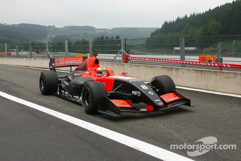 Ele combinou sua função na nova equipe com compromissos na Fórmula Renault 3.5, quando acumulou três vitórias e oito pódios, perdendo o título para Robin Frijns na última corrida.