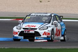 Tom Chilton, Ford Focus S2000 TC, Team Aon