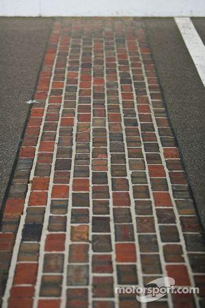 The yard of bricks