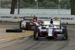 Marco Andretti, de Andretti Autosport Chevrolet, J.R. Hildebrand, de Panther Racing Chevrolet