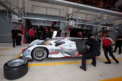 Pitstop oefening #2 Audi Sport Team Joest Audi R18 E-Tron Quattro: Rinaldo Capello, Tom Kristensen,