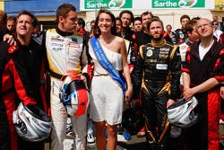 Drivers and media kart challenge at Circuit Alain Prost: Motorpsort.com's Eric Gilbert, Julien Canal, Miss 24 Hours of Le Mans and Nick Heidfeld