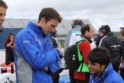 Harry Tincknell, Carlos Sainz Jr.