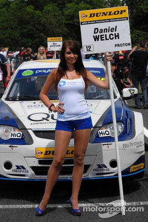 Welch Motorsport Gridgirl