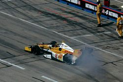 Winners circle: Ryan Hunter-Reay, Andretti Autosport Chevrolet, 2de Tony Kanaan, KV Racing Technolog