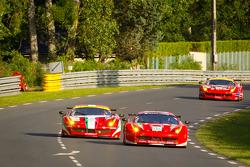 #59 Luxury Racing Ferrari F458 Italia: Frederic Makowiecki, Jaime Melo, Dominik Farnbacher,#81 AF Corse Ferrari 458 Italia: Piergiuseppe Perazzini, Matt Griffin, Nicola Cadei
