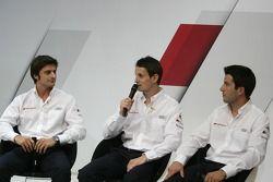 Марко Бонаноми, Майк Роккенфеллер и Оливер Джарвис.