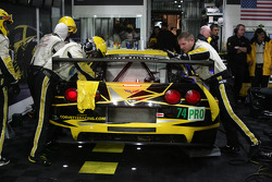 #74 Corvette Racing Chevrolet Corvette C6 ZR1: Oliver Gavin, Tom Milner, Richard Westbrook at the garage
