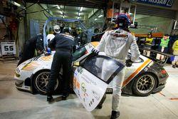 Pitstop #55 JWA-Avila Porsche 911 RSR: Paul Daniels, Markus Palttala, Joel Camathias
