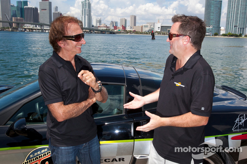 Motorsport.com's Art director Eric Gilbert met Emerson Fittipaldi