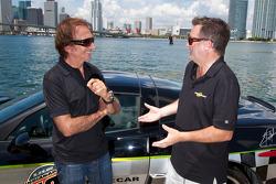 Motorsport.com's Art director Eric Gilbert with Emerson Fittipaldi