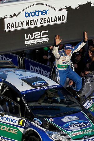 Podium: Petter Solberg and Chris Patterson, Ford Fiesta RS WRC, Ford World Rally Team