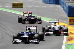 Bruno Senna, Williams lidera a Sergio Pérez, Sauber