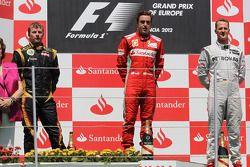 Podium: 1. Fernando Alonso, 2. Kimi Räikkönen, 3. Michael Schumacher