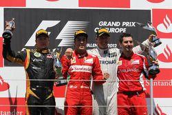 1st place Fernando Alonso, Scuderia Ferrari with 2nd place Kimi Raikkonen, Lotus Renault F1 Team and 3rd place Michael Schumacher, Mercedes AMG Petronas