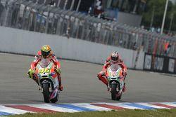 Valentino Rossi, Ducati Marlboro Team en Nicky Hayden, Ducati Marlboro Team