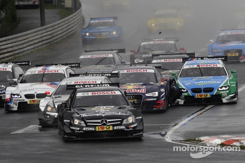 Start of the Race, Gary Paffett, Team HWA AMG Mercedes, AMG Mercedes C-Coupe leads