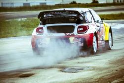 Sébastien Loeb test de Citroën DS3 voor de X-Games