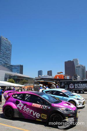 Les voitures de Rallycross sont prêtes à partir