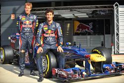 Sebastian Vettel, Red Bull Racing en Mark Webber, Red Bull Racing met de Red Bull Racing RB8 met kle