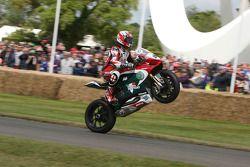 Scott Smart op Ducati 1199 Panigale