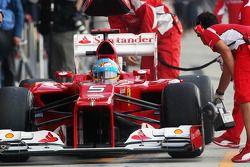 Fernando Alonso, Ferrari in the pits
