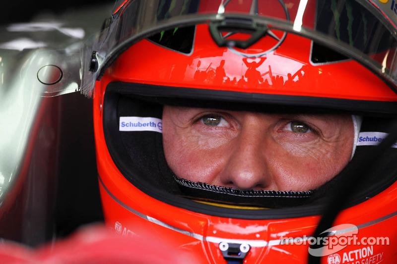 Подходила к концу вторая часть карьеры Михаэля Шумахера в Формуле 1. В октябре было объявлено, что в 2013 году в Mercedes его заменит окончательно потерявший веру в McLaren Льюис Хэмилтон