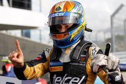 Race winnaar Esteban Gutierrez