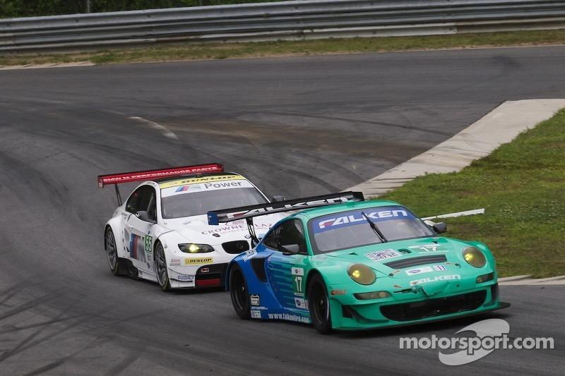 #17 Team Falken Tire Porsche 911 GT3 RSR: Bryan Sellers, Wolf Henzler